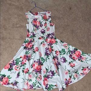 Floral flowy dress